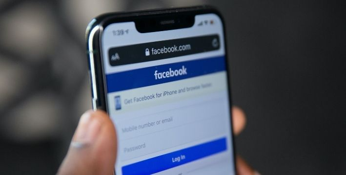 ¿Crees que puedes ser adicto a Facebook? 10 síntomas